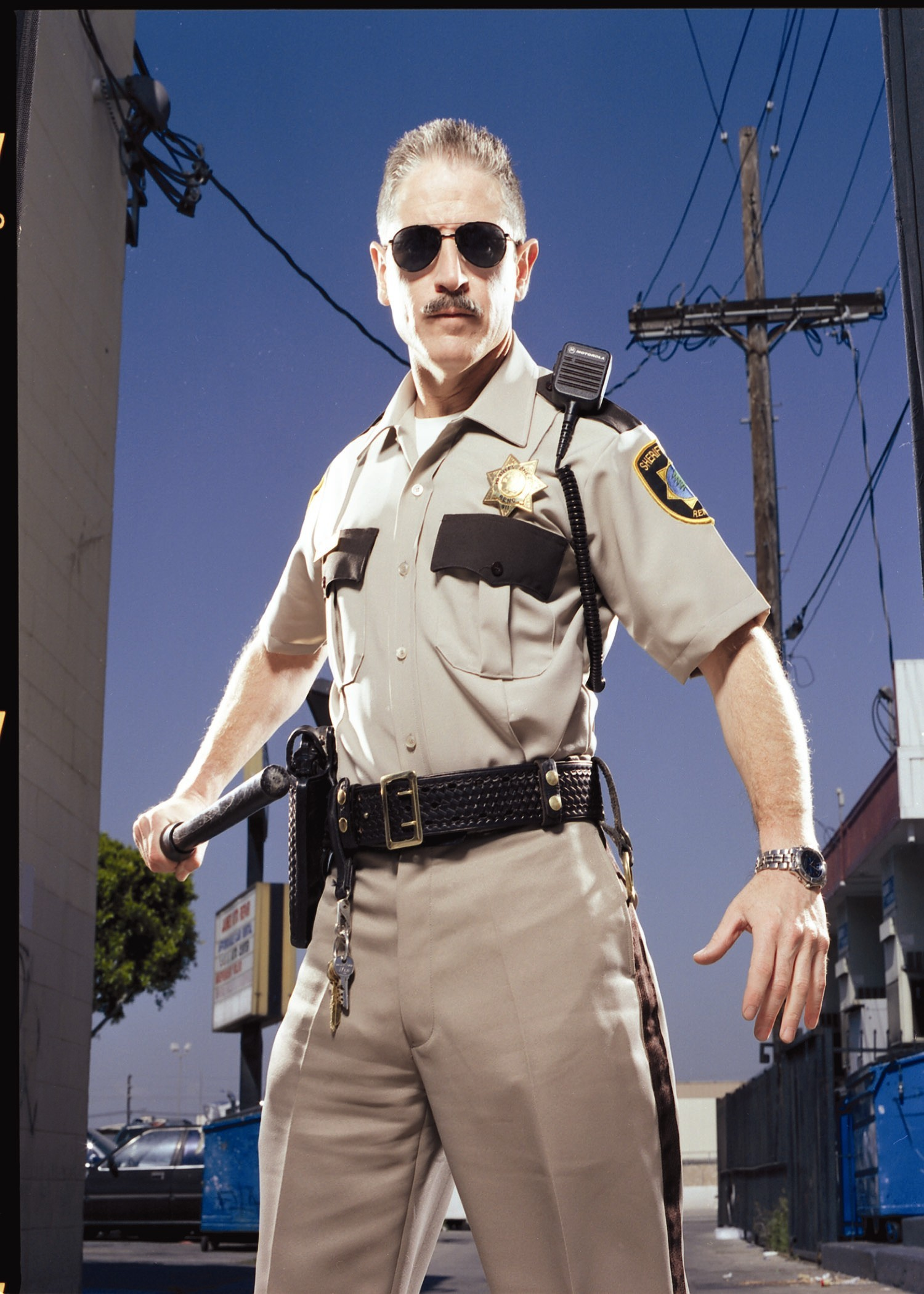 reno 911 clementine and garcia are dating - season : 2 episode 11 season 2 episode 11 - clementine and garcia are dating after getting it on with nearly every other man in reno, johnson finally hooks up with garcia.